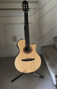 Yamaha NTX700 Nylon String Acoustic Electric Classical Guitar w/Hard Case