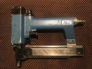 BeA 90/32-611 Air Stapler Pneumatic (good condition-works great- built to last)