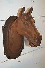 tête de cheval mural en fonte