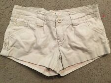 AMERICAN EAGLE OUTFITTERS Khaki 100% Cotton Flat Front Casual Shorts womens 2