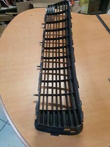 grille pare choc peugeot  neuve 9685828677   7422.95 (réf 8474)