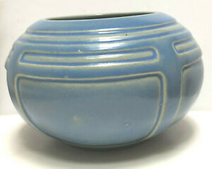 VINTAGE ROSEVILLE  POTTERY VASE BLUE ARTS AND CRAFTS MISSION