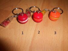 Porte-clé macaron fimo (ton rouge/orange)