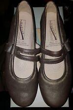 New Medicus Comfort flex woman's shoes size 5