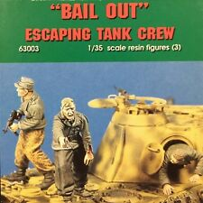 "Jaguar Models - 1/35 ""Bail Out"" Escaping tank crew"" (3 Resin figures) -63003"