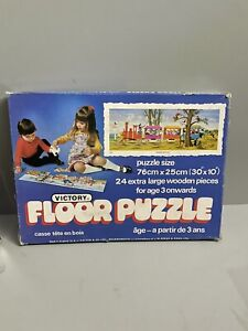 """Vintage Victory Wooden Floor Puzzle """"Circus Procession"""" 24 Extra Large Pieces."""
