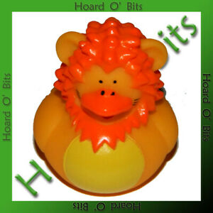 DUCK! DUCK! SAFARI! - LION RUBBER DUCKY - Ape Games