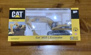 """1/50 """"Cat 365B L Excavator"""" Norscot"""