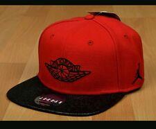 Nike AIR JORDAN RETRO 2 SNAPBACK Hat 724891-687 RED/BLACK Adult Chicago Bulls
