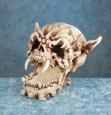 Evil Demon Skull - Collectible Figurine Statue Figure Sculpture Skeleton