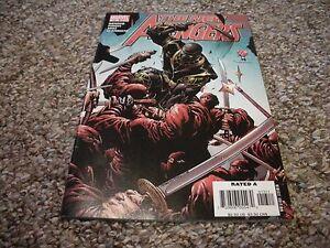 New Avengers #13 (2005 1st Series) Marvel Comics VF+