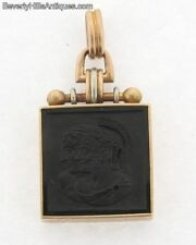 Beautiful Carved Agate Cameo 14k Gold Pendant Fob