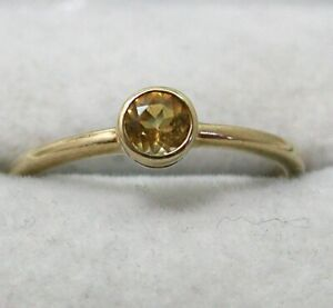 Lovely 9 carat Gold Citrine Solitaire Ring Size M.1/2