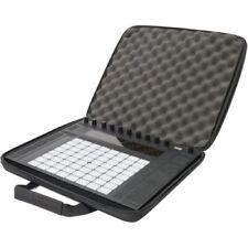 Valises, caisses et sacs rembourrés noirs en polyester pour équipement audio et vidéo professionnel