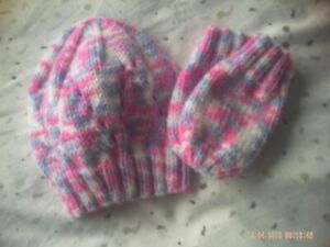 Hand Knitted Pink Coloured Beanie Style Baby Hat And Mittens Size 0-6 Months.