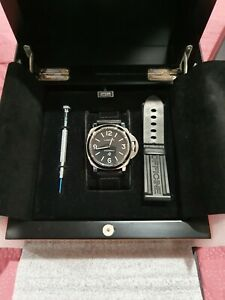 Panerai luminor base logo pam000 box, papers INVESTMENT PIECE