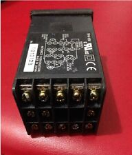 USED Keyence TF4-10V TF410V Temperature Controller tested