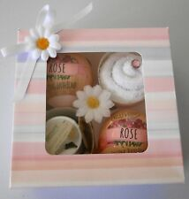 BABY SHOWER PAMPER HAMPER FOR MUM TO BE