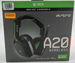 New Astro A20 Wireless Over the Ear Gaming Headset Xbox PC -Black/Green -CSS0420