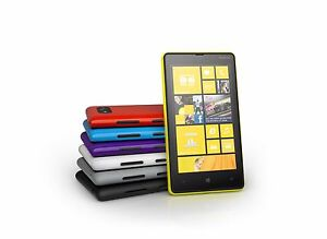 Nokia Lumia 820 - 8GB - (Unlocked) Smartphone