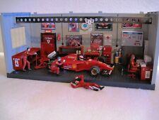 1:18 Ferrari Boxencrew M. Schumacher Figuren Boxenstation Werkstatt