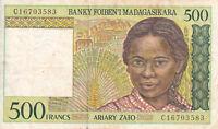 Billet banque MADAGASCAR 500 francs 1994 état voir scan 583