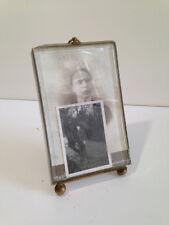 Ancien  cadre à photo verre biseauté monture bronze LAITON dEC7A