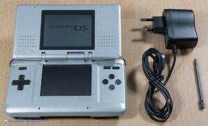 Nintendo DS - Konsole #silber / platin + Stromkabel