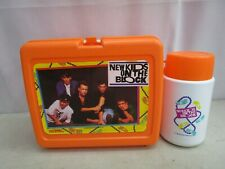 1990 Thermos *NEW KIDS ON THE BLOCK PLASTIC LUNCHBOX W/THERMOS*