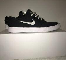 NIKE SB Stefan Janoski Mens Sz 11.5 Skate Suede Shoes Black/White, Lightly Worn