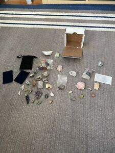 Chakra Healing Crystals Set With Bonus Stones And an Extra Bag Of Shredded Paper
