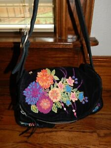 LUCKY BRAND Black Velvet Flower Embroidered Stash Bag Shoulder Bag Handbag Purse