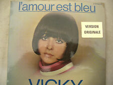 VICKY L'AMOUR EST BLEU EP issue France  red polydor 27 305