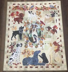 Season End Quilt dog Hand Applique designed by Maggie Walker
