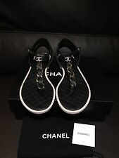 $1075 CHANEL CC Classic Black Quilted Leather Metal Chain Thong Sandal Flats