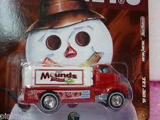 2011 HERSHEY'S Mounds '51 GMC Coe Taxi Tostado Rojo Real Riders Hot Wheels