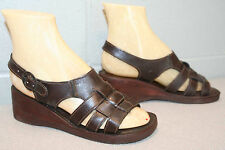 6  M NOS Vtg 70s WEDGE HEEL SANDAL COFFEE BROWN LEATHER 3-STRAP HIPPIE Boho Shoe