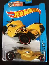 "HOT WHEELS 2015 HW CITY STREET BEAST ""TOMB UP"" 34/250 ~YELLOW ~ NEW"