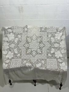 Vintage Embroidered Needle Lace Linen Tablecloth 130 x 128cm