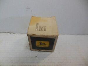 NOS OEM JOHN DEERE TRACTOR ELECTRICAL CHARGING ALTERNATOR BRUSH ASSEMBLY AR69269