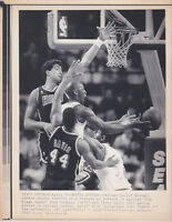 1990 Michael Jordan and Bulls vs. Miami Heat Wire Photo--->Heated Action 4-1-90!