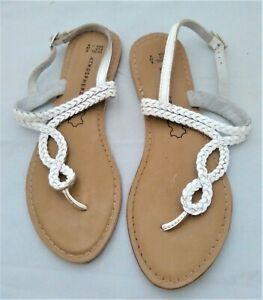 ladies Real leather toe post sandals Size UK 6 EU 39 US 8