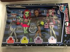 MONSTER HIGH 4 DOLL GHOULIA YELPS/ VENUS MCFLYTRAP/ CLAWDEEN WOLF / ROCHELLE GOY