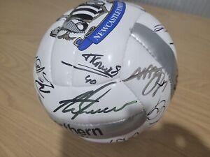 2005/06 SIGNED Newcastle United Football ( Alan Shearer's Record Breaking Season