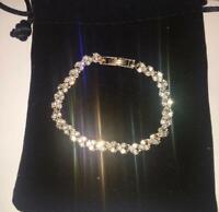 Womens Swarovski Element Crystal Bracelet Bangle Heart White Silver New