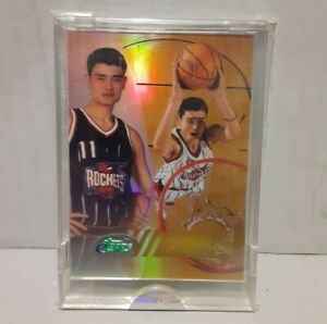 2002-03 ETopps #53 Yao Ming Rookie RC Refractor Prizm Rockets HOF
