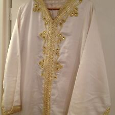 Kaftan/Takschita/Jellaba/Hijab/Aid in Gold /weiß