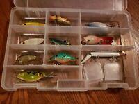 Lot of 10 Vintage  Fishing Lures + Case Thin Fin Hot n Tot Mann Razor back ETC