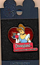 """DLR Valentine's Day 2005 Collection """"Cinderella & Gus"""" Limited Edition Pin!"""