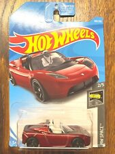 Hot Wheels 2019 Tesla Roadster red with Starman